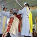 Lễ phong chức tân GM phụ tá Long Xuyên, Đức Cha Giuse Trần Văn Toản
